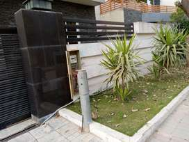 Beautiful location kanal house rent in phase 4 bahria Town Islamabad