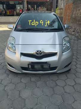 T YARIS E 1,5 cc METIC. 2011. FULL AUDIO DP 9 JT