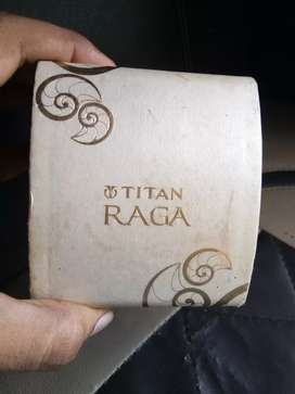 Watch titan raga