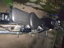 Royal enfield classic 350 in brand new condition.