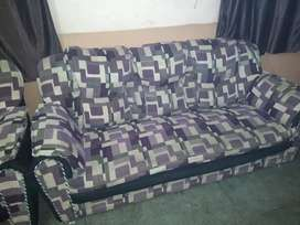 Sofa sets is good condition