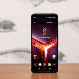 Working condition of Asus Rog phone is available with us in discounted