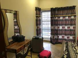 Entire one unit full house 4 bed for rent per day