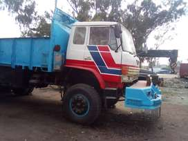 10 Wheeler Truck in very good condition