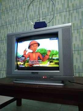 Tv 14inc norma+remot ada