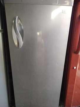 Single door fridge for sell warranty wa