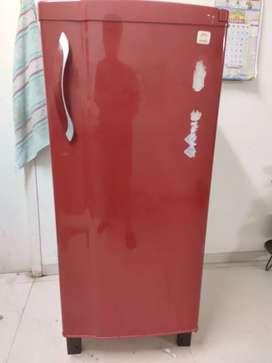 220 lit fridge -