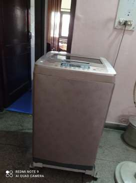 FULLY AUTOMATIC LG TURBO DRUM WASHING MACHINE FOR SALE