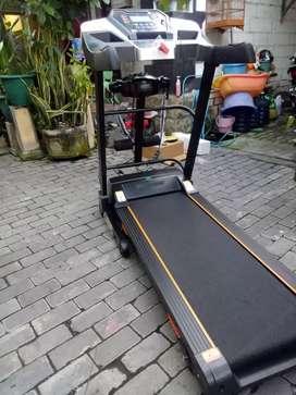 Treadmill idea sport best kualitas siap kirim gratis bayar ditujuan