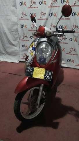 i.42 dijual honda scoopy tahun 2012 (raharja motor)