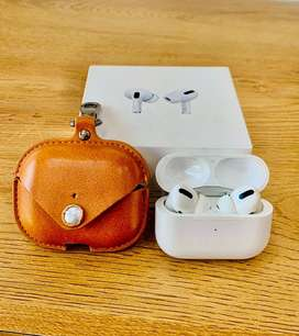 APPLE AIRPODS PRO WITH BOX USED CLEAN CONDITION