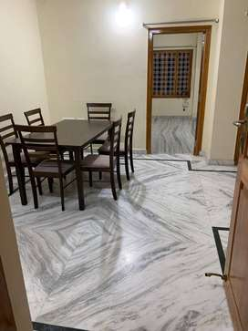 2 BHK Flat for rent in Pent House with lift facility