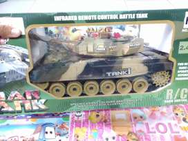 Mainan rc tank waja baru. Rc