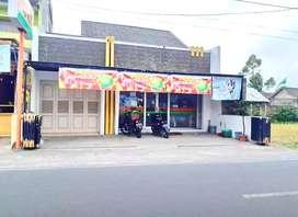 Rumah Lux Dan Minimarket Pinggir jalan Seputar Sidoarum Jl. Godean