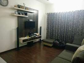 FULLY FURNISHED 2BHK AVAILABLE IMMEDIATE MOVE IN