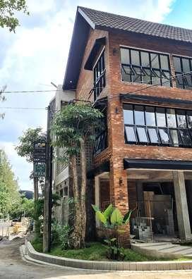 Kost Eksklusif Exclusive Serasa Villa Kekinian