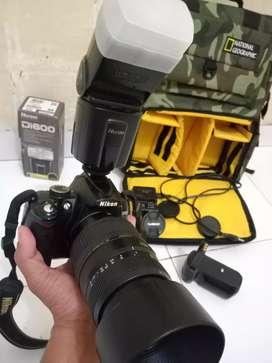 Jual Cepat Nikon D5000 Sepaket Murahh