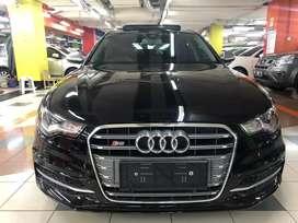 Audi A6 avant wagon V8 2014 rare