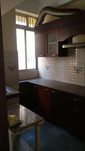 Ready to move 3bhk flat in apartment complex