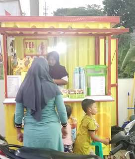 Kredit usaha franchise ES TEH TERLARIS booth container cuma DP 550rb