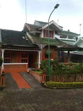 Sewa villa puncak murah Cipanas Bogor neuw