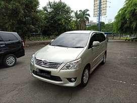 Innova Diesel G Matic 2012  Low KM - CASH
