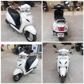 Honda Activa 3g White Excellent condition up to date document