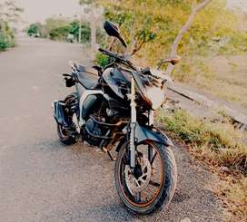 BS IV FZ FI of just deiven 22K km and almost looks like a new bike !!!