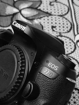 Canon EOS 77D DSLR Perfect Condition