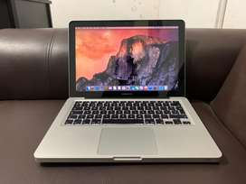 Macbook Pro 13inch - Core i5 Early 2012