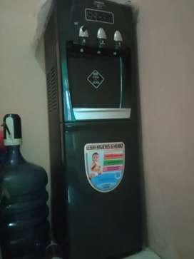 Dijual Dispenser Sanken Galon bawah