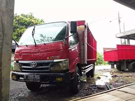 Truk Dyna 130Ht powerstering murmer pajak isi