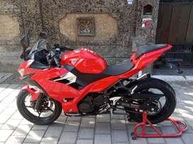 Bali dharma motor/jual Kawasaki ninja 250 thn 2018
