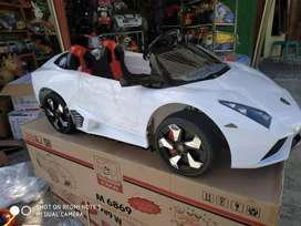 """Mobil""""an dan motoran aki untuk anak"""