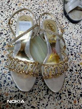 Bridal golden stone work sandle
