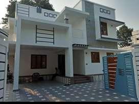 4 hbk new build ready to occupy posh house at aluva u.c collage near