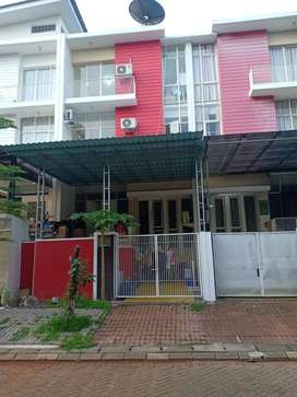 Dijual/ Disewa Rumah PIK Long Beach 12,5X6 - 4 kamar Hadap Jalan Utama