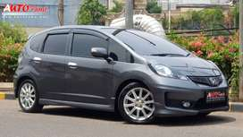 Honda Jazz RS Facelift 2013 Full Original full spec !!