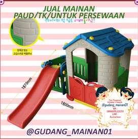 mainan rumah-rumahan dengan perosotan dengan pagar untuk mandi bola