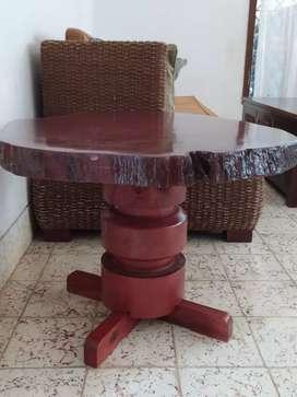 Meja Pangkal Kayu