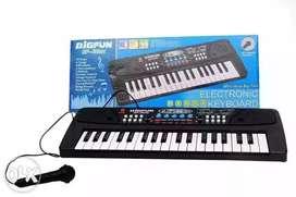 Brand new Kids piano37 key