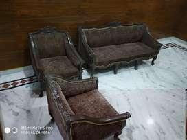 1+1+3  sofa set