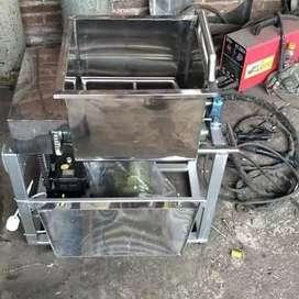Mixer adonan kenyal