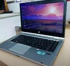 Grade A1 condition laptop 10,000/