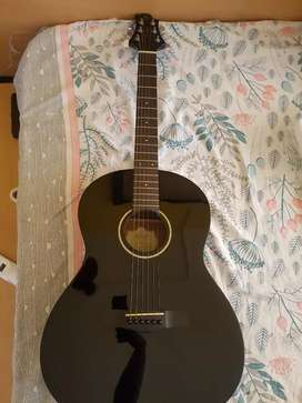 I'm selling my guitar In perfect condition like new