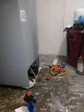 Terima service kulkas, showcase, freezer, ac, mesin.Cuci panggilan