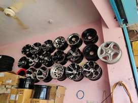 Jeep alloy wheel available