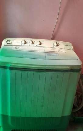 Samsung washing machine 7kg.