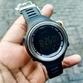 Smartwatch Weide Japan Seri H7990 Black