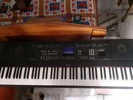 Yamaha Dgx 650B 88Key - Portable Grand Digital Piano